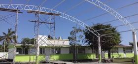 Constructoras financian obras