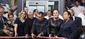 En Congreso inauguran elevador para discapacitadas